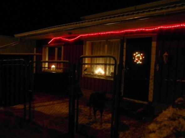 Jouluvalot mökillä.