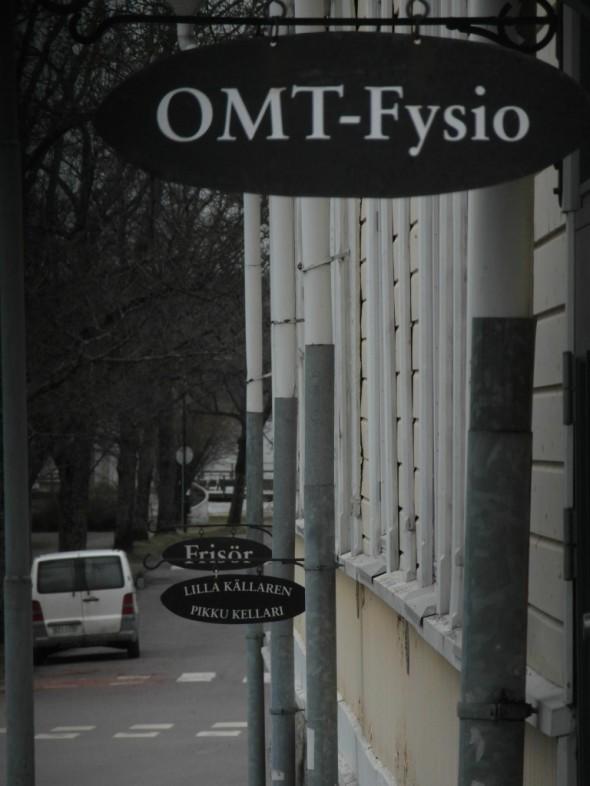 Katukylttejä Kustaa Vaasan kadulla.