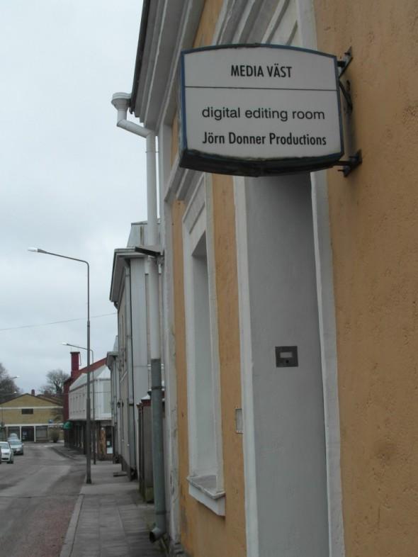 Jäin miettimään onko poliitikko Jörn Donnerilla jotain bisneksiä myös Tammisaaressa, vai onko joku muu vaan saman niminen?