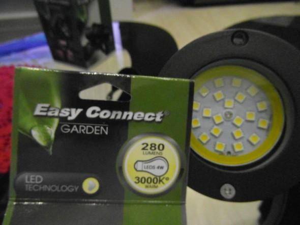 LED vaihdettu. LED-valon teho on 4W, ja se valaisee varsin hyvin.