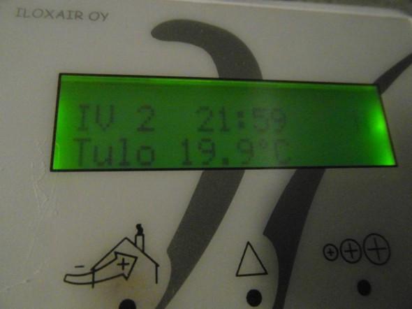 Ilmastoinnin kautta tuloilman lämpötila huonetiloihin on 19,9C,