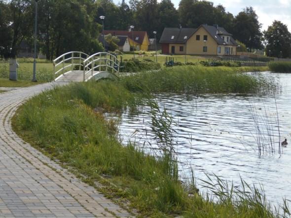 Samassa kohdassa näkymät toiseen suuntaan, eli kaupungin keskustaan päin.