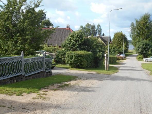 Võru on vihreä kaupunki, varsinkin omakotitalojen pihat ovat komeita ja hyvin hoidettuja.